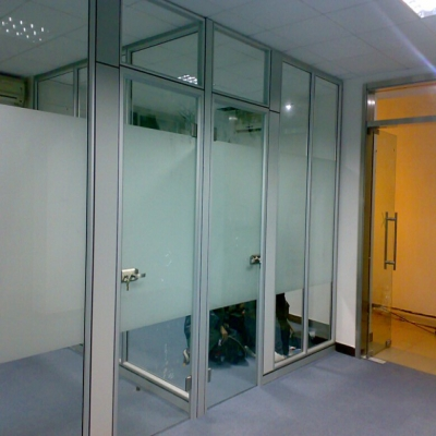 威廉希尔网页版登录哪里定做玻璃隔断|威廉希尔网页版登录办公家具厂